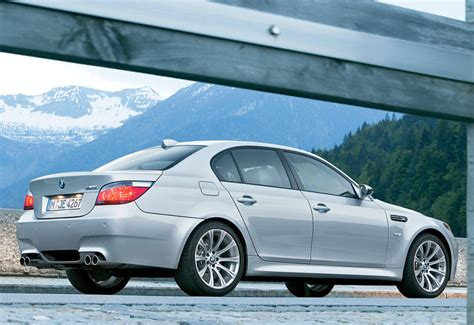 2005 BMW M5 (E60) - specifications, photo, price