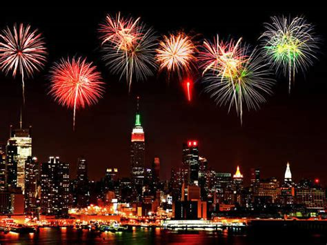 Where To Watch New Year's Eve Fireworks In NYC