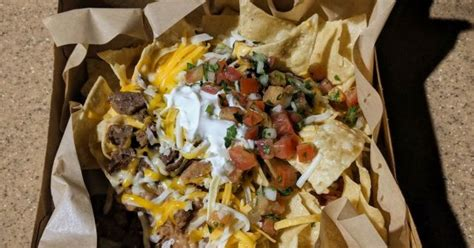 A Look at Taco Bell's $5 Steak Nachos Box | Brand Eating