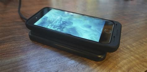 Review: Mophie Juice Pack Air battery case for iPhone 7 w