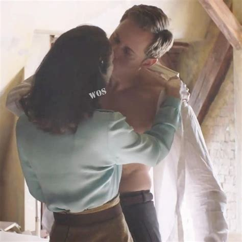 Keira makes out with Alexander Skarsgård in Aftermath