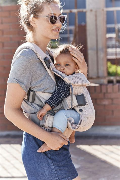 Baby Carrier One Air in flexible, airy mesh   BABYBJÖRN