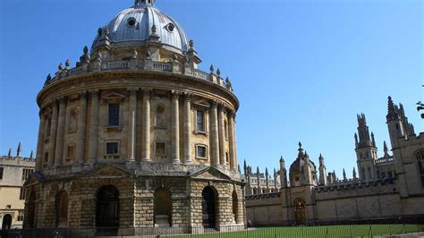 Oxford Tour Guides | Experience Oxfordshire