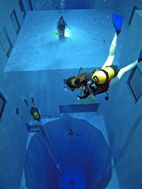 World's Deepest Swimming Pool - DesignTAXI