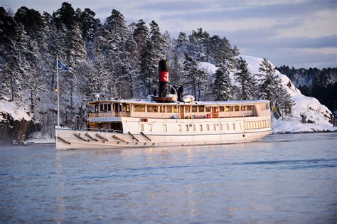Archipelago tour with guide – boat sightseeing Stockholm