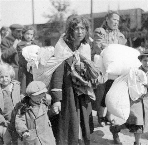 The First Deportation | Szydlowiec | The Valley of the