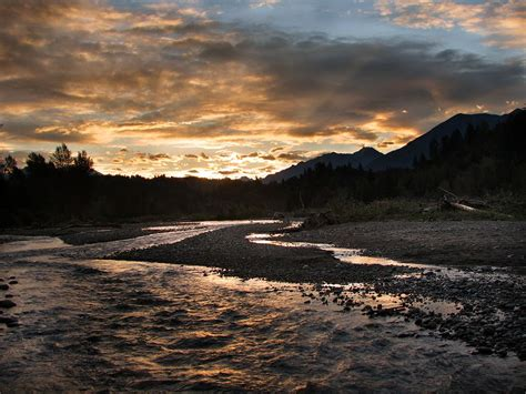 Chilliwack – Travel guide at Wikivoyage