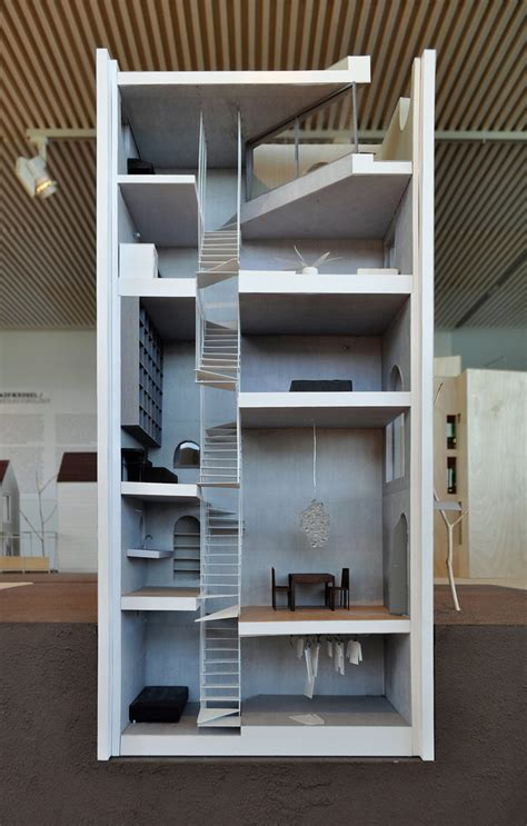 atelier bow-wow, sectional model of house tower, tokyo 200