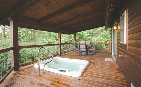 Hotels in Amish Country Ohio   Rustic Cabin Rental in
