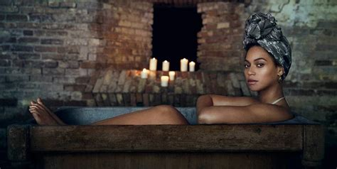 Beyoncé Family Pics Among Never-Before-Seen Photos in How