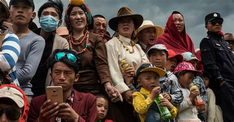 Tibetans Fight to Salvage Fading Culture in China - The