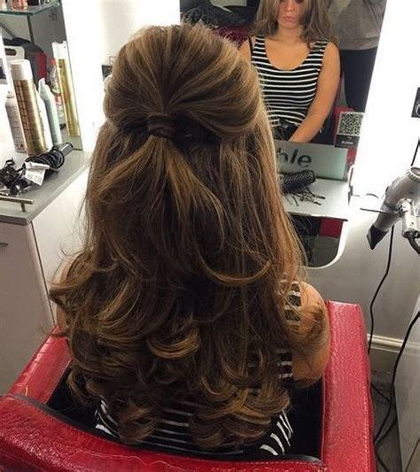 40 Easy and Chic Half Ponytails for Straight, Wavy and